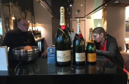 Champagne madam?