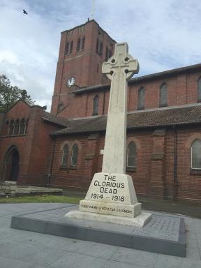 st giles refurbised monument