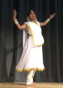 white dancer 5