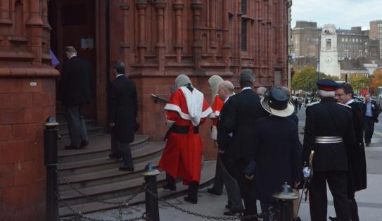 High Court Judges enter the VLC