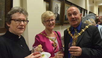 Cannon Janet with Mayor and Mayoress of Dudley