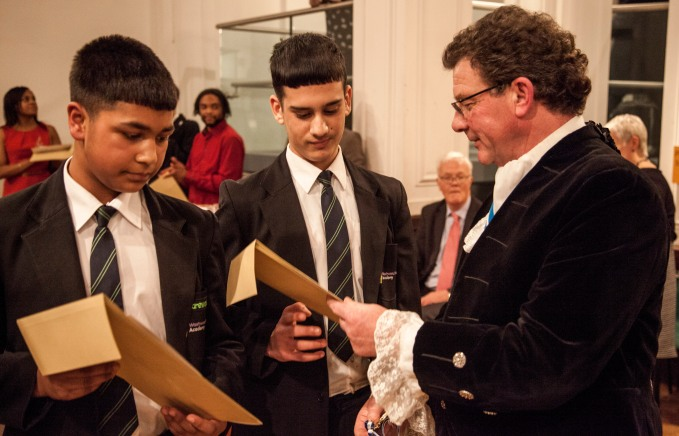 Mosiac winners Farhaan Yasin, Amjad Khan accept certificates and medals