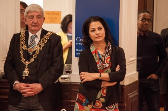 LOrd Mayor and Anita Bhalla look on